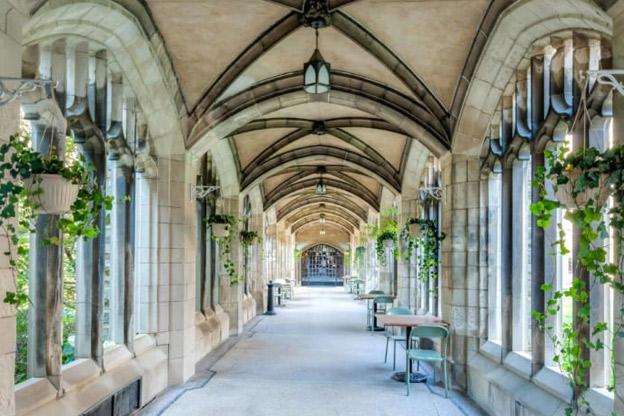 اپلای دانشگاه تورنتو کانادا